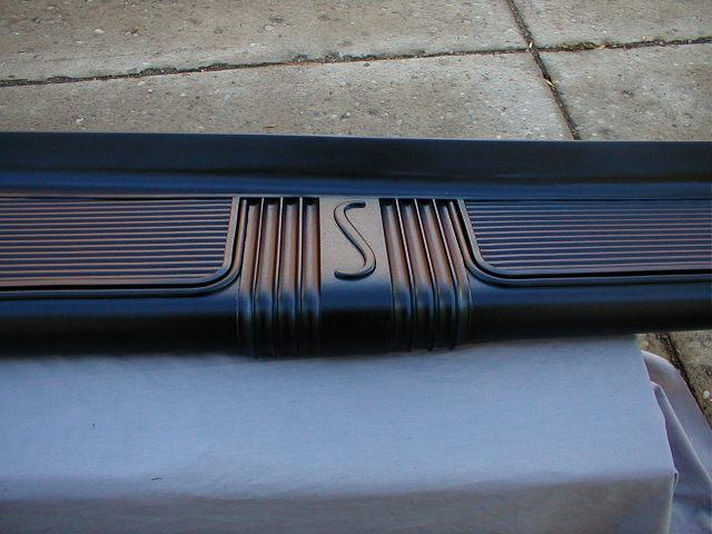 1940 Studebaker Running Boards Logo